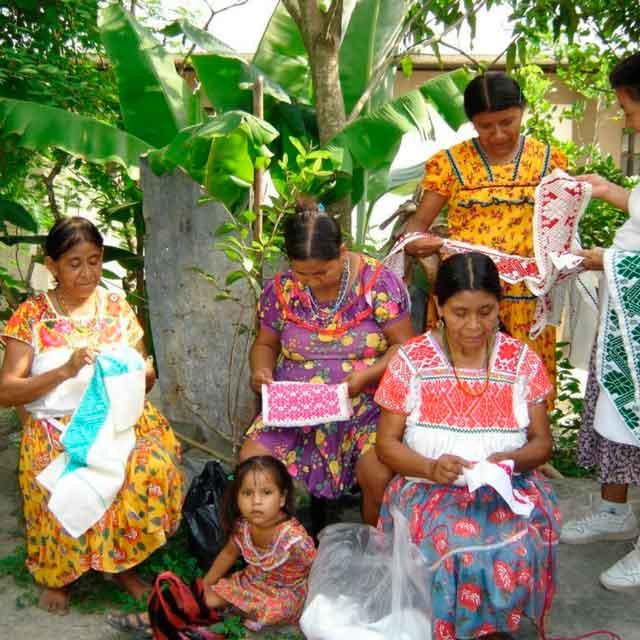 Ayudar a preservar el oficio artesanal de la Huasteca Veracruzana y otras regiones de México - Huastekoo.es - Mobile