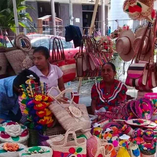Familias artesanas de la Huasteca veracruzana - Tienda Mexicana Huastekoo.es - España