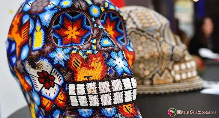 Calaveras Mexicanas Arte Huichol - Tienda de Artesanías Mexicanas - Huastekoo.es